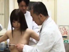 Unexperienced japanese biotch heads to doctor