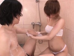 Tiara Ayase works knob in the  while on webcam